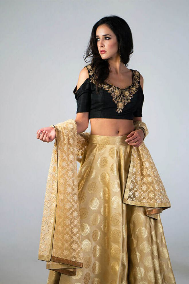 black and gold lengha